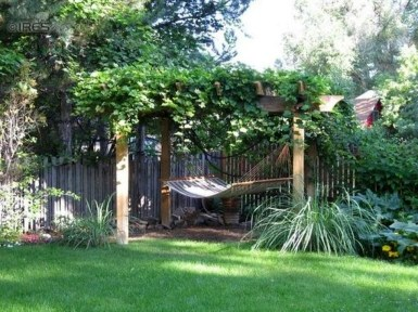 Affordable Backyard Hammock Decor Ideas For Summer Vibes 44