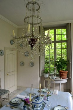 Amazing Dining Room Design Ideas With French Style 33