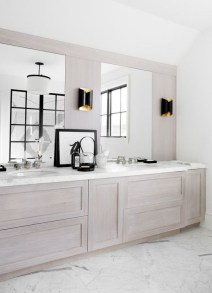 Elegant Wood Decor Ideas For Your Bathroom Design 01