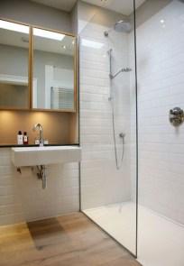 Elegant Wood Decor Ideas For Your Bathroom Design 05