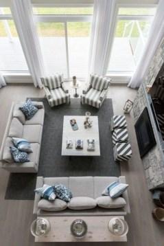 Impressive Small Living Room Ideas For Apartment 18