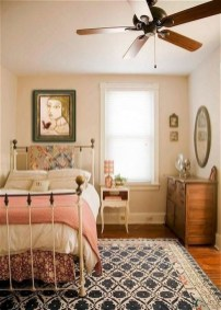 Lovely Bedroom Ideas With Beautiful Rug Decoration 03