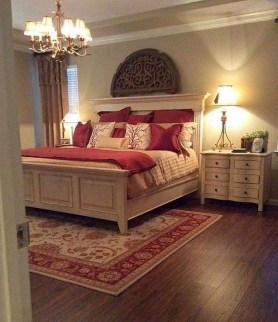 Lovely Bedroom Ideas With Beautiful Rug Decoration 32