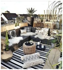 Magnificient Outdoor Lounge Ideas For Your Home 21