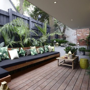 Magnificient Outdoor Lounge Ideas For Your Home 31