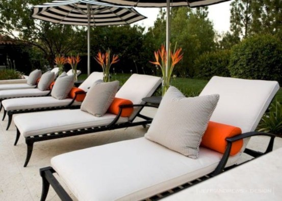 Magnificient Outdoor Lounge Ideas For Your Home 45