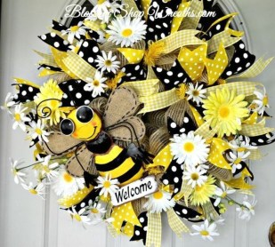 Most Popular DIY Summer Wreath You Will Totally Love 20