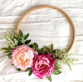 Most Popular DIY Summer Wreath You Will Totally Love 27
