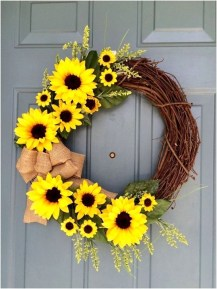Most Popular DIY Summer Wreath You Will Totally Love 41