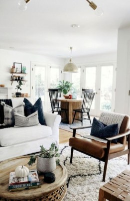 Small And Cozy Living Room Design Ideas To Copy 34