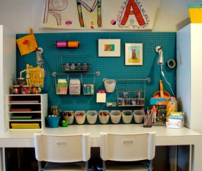 Stunning Desk Design Ideas For Kids Bedroom 40
