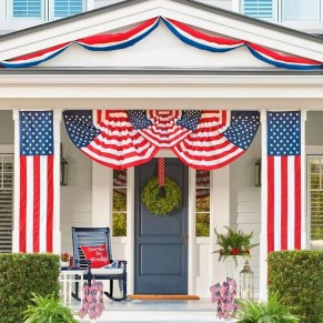 Super Patriotic Porch Independence Day Decoraion Ideas 01