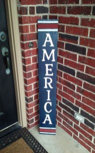 Super Patriotic Porch Independence Day Decoraion Ideas 36