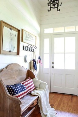 Unique Farmhouse Fourth July Decor Ideas That Inspire You 44