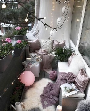 Awesome Small Balcony Ideas To Make Your Apartment Look Great 06