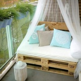 Awesome Small Balcony Ideas To Make Your Apartment Look Great 20