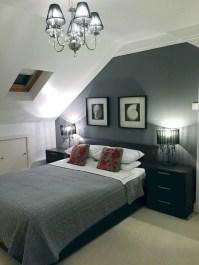 Comfy Attic Bedroom Design And Decoration Ideas 08
