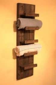 Easy DIY Towel Racks Ideas That You Can Do This 04