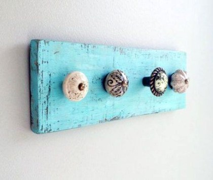 Easy DIY Towel Racks Ideas That You Can Do This 43