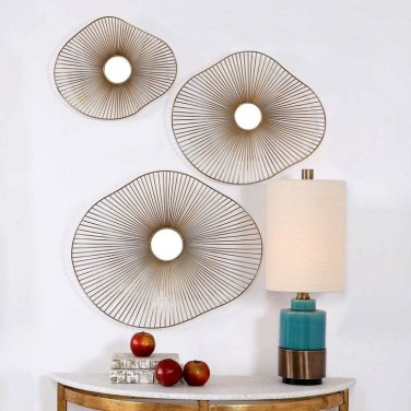 Fabulous Metal Wall Decor Ideas For Your Living Room 18