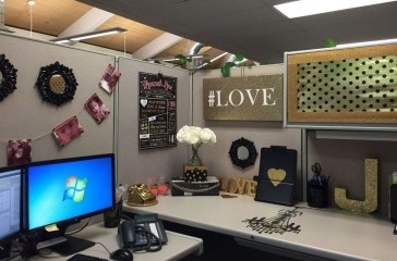 Gorgeous Cubicle Workspace To Make Your Work More Better 18