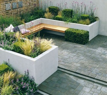 Impressive Seating Area In The Garden For Decoration 06