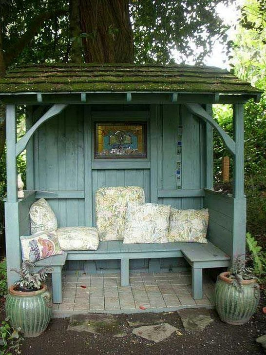 Impressive Seating Area In The Garden For Decoration 37