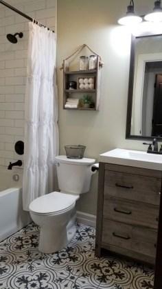 Inspiring Bathroom Decoration Ideas With Farmhouse Style 16