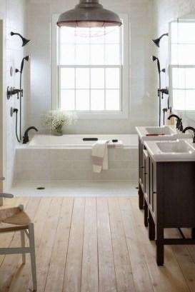 Inspiring Bathroom Decoration Ideas With Farmhouse Style 27