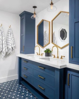 Inspiring Bathroom Design Ideas With Amazing Storage 27