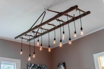 Magnificient Farmhouse Ladder Chandelier Ideas 06