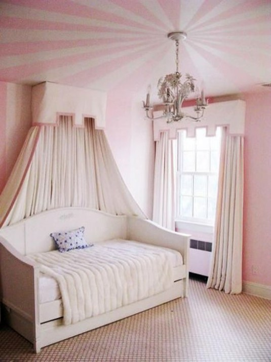 Outstanding Striped Ceiling Bedroom Decoration Ideas 11