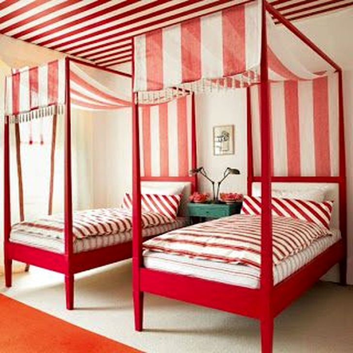 Outstanding Striped Ceiling Bedroom Decoration Ideas 20