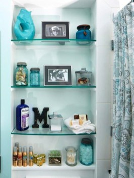 Perfect Glass Shelves Ideas For Bathroom Design 06