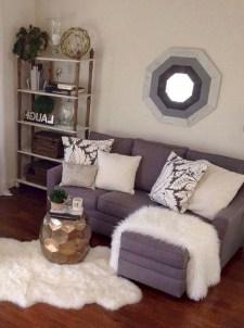 Romantic DIY Couple Apartment Decoration Ideas 05