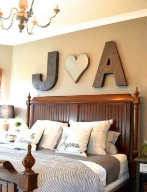 Romantic DIY Couple Apartment Decoration Ideas 37