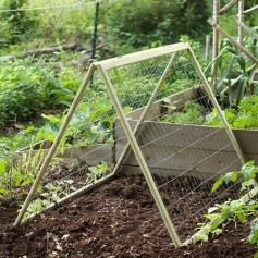 Stunning DIY Garden Bed To Beautify Your Backyard 30
