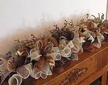 Easy And Simple Fall Garland Decoration Ideas 01