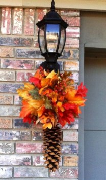 Easy And Simple Fall Garland Decoration Ideas 25