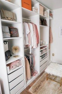 Elegant Wardrobe Design Ideas For Your Small Bedroom 43