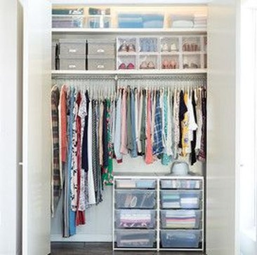 Elegant Wardrobe Design Ideas For Your Small Bedroom 45