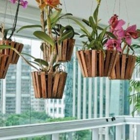 Inspiring DIY Vertical Plant Hanger Ideas For Your Home 02