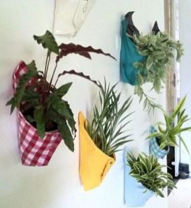Inspiring DIY Vertical Plant Hanger Ideas For Your Home 14