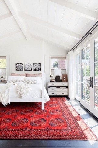 Magnificient Red Bedroom Decorating Ideas For You 48