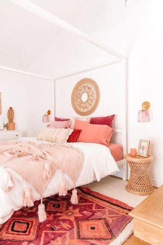 Magnificient Red Bedroom Decorating Ideas For You 50