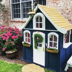 Marvelous Outdoor Playhouses Ideas To Live Childhood Adventures 37