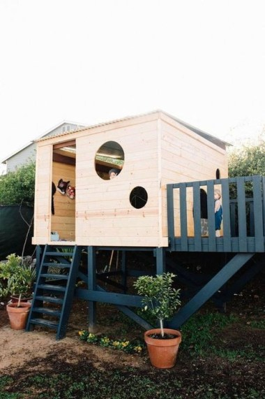 Marvelous Outdoor Playhouses Ideas To Live Childhood Adventures 41