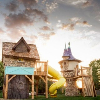 Marvelous Outdoor Playhouses Ideas To Live Childhood Adventures 58