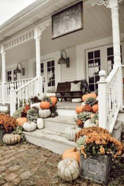 Modern Fall Decor Inspiration To Transform Your Home For The Cozy Season 23
