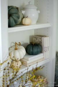 Modern Fall Decor Inspiration To Transform Your Home For The Cozy Season 37